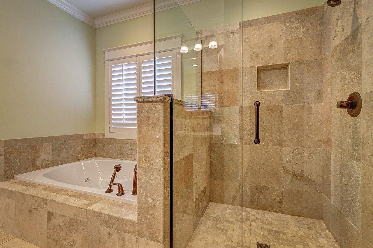 bathroom-389262_1280